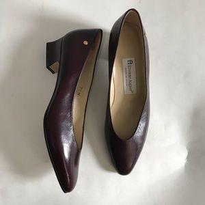 ✨Etienne Aigner block heels ✨